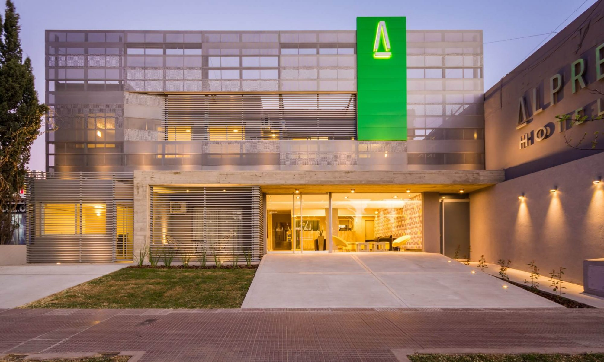 Hotel Alpre | Reservas online